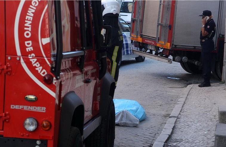 Um morto e um ferido numa derrocada no centro de Lisboa