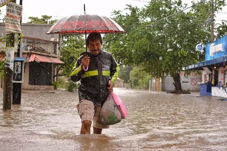 Tempestade Max ganha força e se aproxima de Guerrero, no México