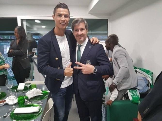 Bruno de Carvalho anuncia em Alvalade que vai ser pai