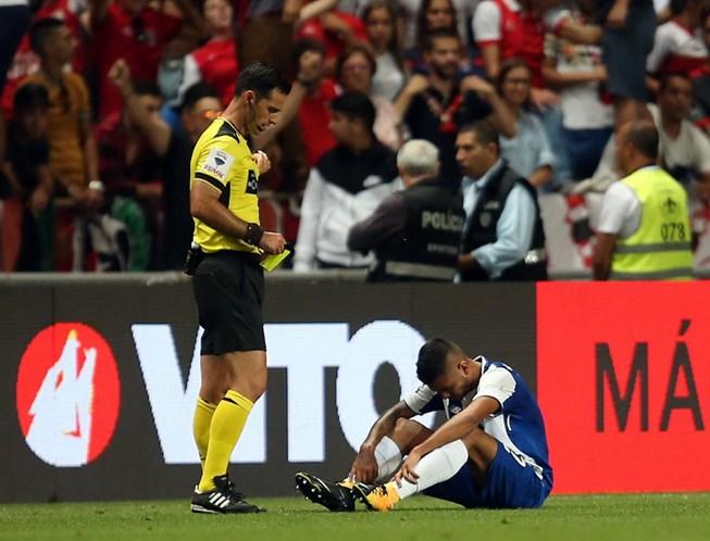 Secretário diz que vai vencer quem comenter menos erros — Sporting-FC Porto