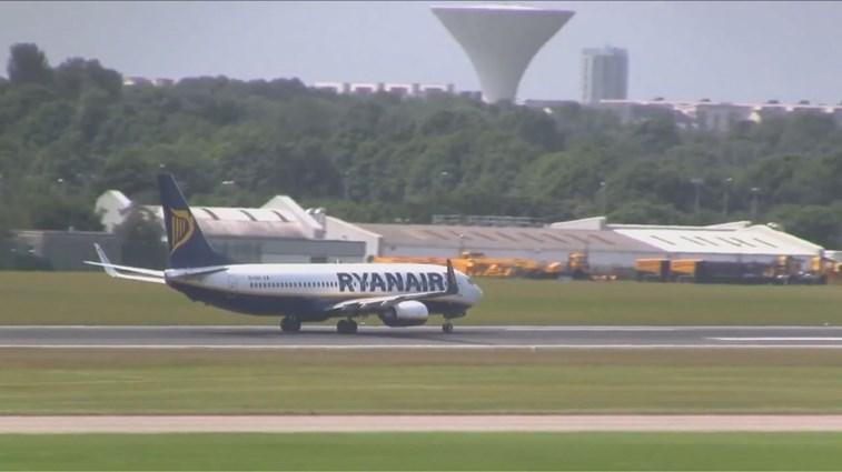 Pilotos da Ryanair na Irlanda marcam greve para 20 de dezembro