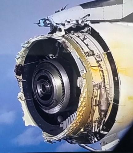 Após falha em motor, avião da Air France faz pouso de emergência