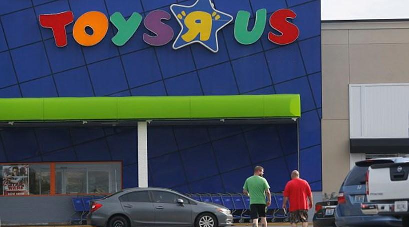 Toys 'R' Us vai abrir falência
