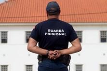 Guardas prisionais fazem greve esta semana