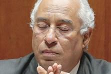 Costa 'puxa' amigos para reorganizar Executivo