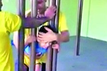 Miúdo preso ou... não
