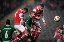 Braga sofre primeira derrota e cai para segundo do grupo na Liga Europa