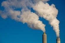 Uma morte em cada seis ocorrida no mundo em 2015 deveu-se à poluição