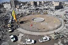 Aliança apoiada pelos EUA declara Raqa livre do Estado Islâmico