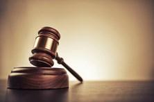 MP acusa ex-juiz que conduziu alcoolizado, teve um acidente e fugiu