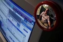 Mais de cem detidos por partilharem pornografia infantil