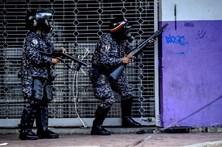 Dez polícias venezuelanos detidos pela morte de dois indígenas