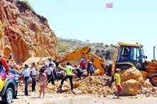 Mortes na praia Maria Luísa ainda por julgar