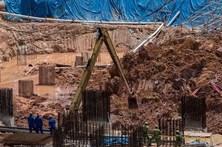 Sobe para 11 número de mortos em deslizamento de terras na Malásia