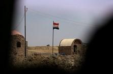 35 polícias mortos no Egito em emboscada islâmica