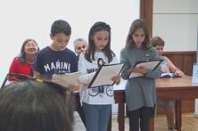 Alunos aprendem braille numa escola do Porto