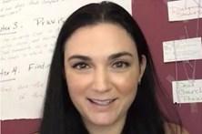 Professora de língua gestual fazia sexo com aluna menor na sala de aula