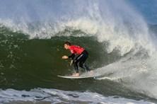 Frederico Morais apurado para a quarta ronda nas ondas de Peniche