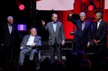 Cinco antigos Presidentes dos EUA juntos no apoio às vítimas dos furacões