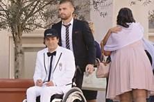 Desfile de estrelas da música em casamento de Ricardo Landum
