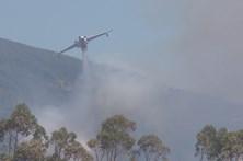 Governo contrata 17 meios aéreos contra fogos até ao fim do mês