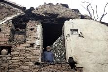Reconstrução de casas após incêndios é a prioridade em São Gião