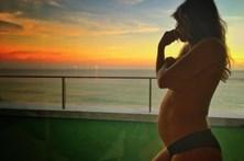 Lucy revela que desmaiou quando descobriu gravidez de gémeos