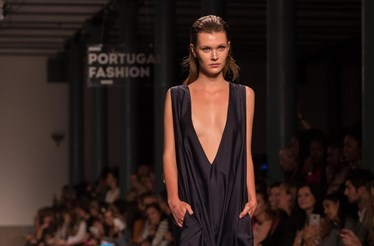 Sensualidade na passerelle do Portugal Fashion