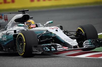 Lewis Hamilton na 'pole position' para o Grande Prémio do Japão de Fórmula 1