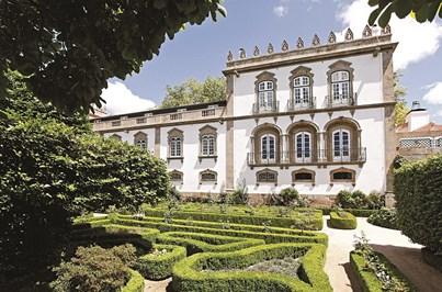 O luxuoso e solarengo Parador Casa da Ínsua