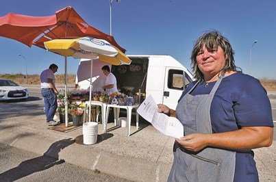 Florista espera quiosque na Amadora há 10 anos