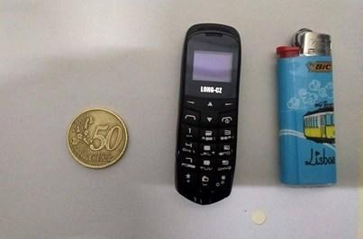 Guardas apreendem telemóveis do tamanho de isqueiros