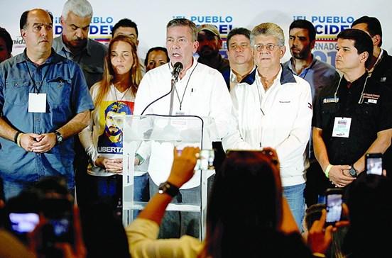 Oposição alega fraude eleitoral na Venezuela