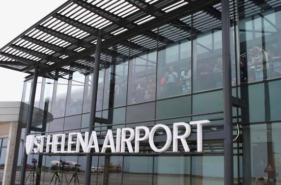Já abriu o 'aeroporto mais inútildo mundo'