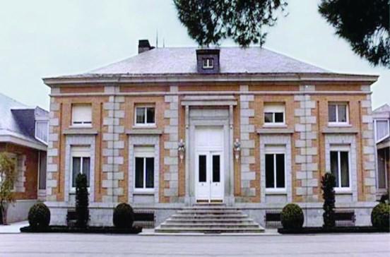 Assaltante foge para palácio real em Madrid