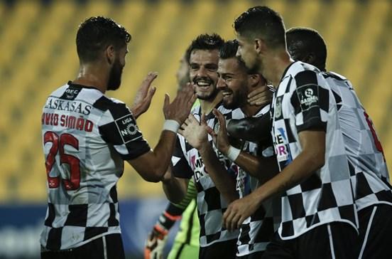 Boavista impõe oitava derrota consecutiva ao Estoril Praia