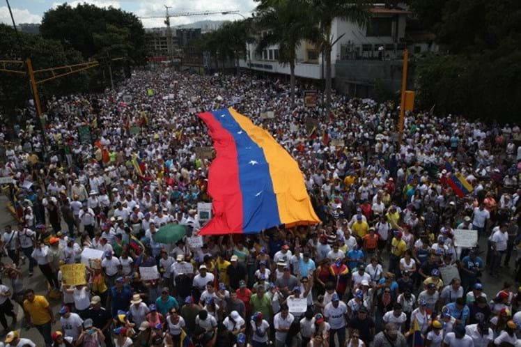 Oposição venezuelana vence Prémio Sakharov 2017 do Parlamento Europeu