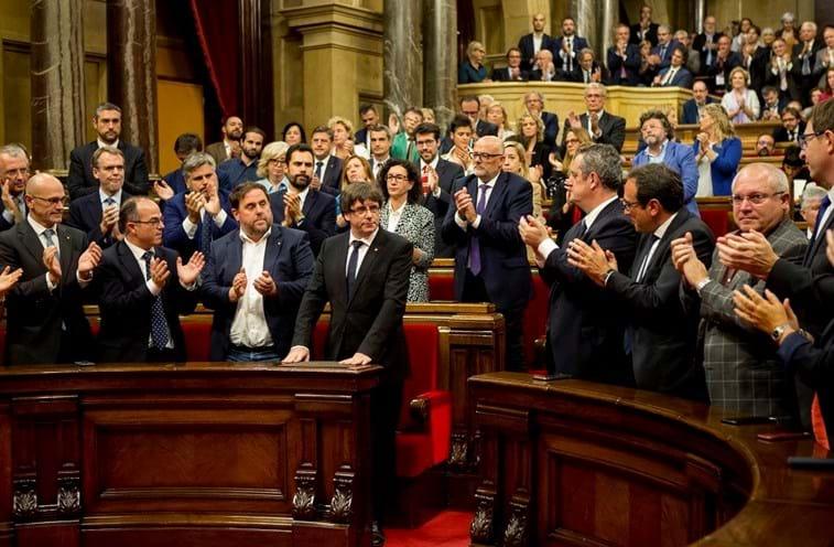 Puigdemont propõe dois meses de negociações