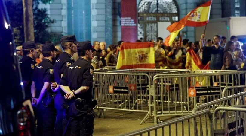 Governo pede a líder catalão para não começar nada que seja irreversível