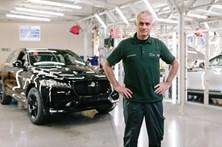 José Mourinho foi funcionário da Jaguar por um dia