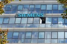 Siemens quer cortar quase sete mil empregos nos próximos anos