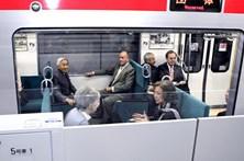 Empresa pede desculpa por comboio ter partido 20 segundos mais cedo