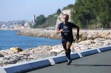 Maratona nos dois extremos do planeta