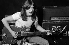 Recorde Malcolm Young, guitarrista que fundou os AC/DC
