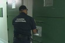 Guardas prisionais fazem nova greve