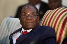 Mugabe apresentou demissão da presidência do Zimbabué