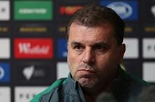 Selecionador de futebol da Austrália demite-se após apuramento para Rússia2018