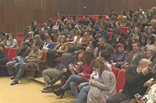 Trabalhadores do Infarmed recusam ir para o Porto