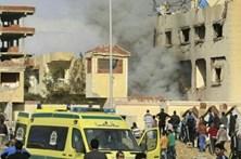 Atentado no Egito mata 270 pessoas