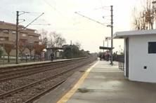 Homem de 83 anos morre ao atravessar linha de comboio